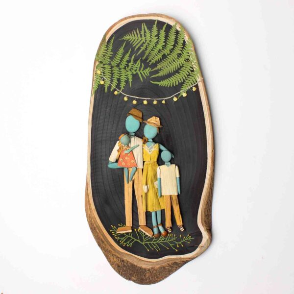 Taş Pano – Bizim Aile